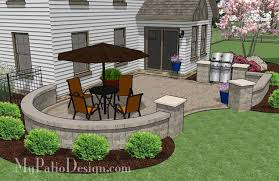 Cheap Backyard Patio Design with Grill Station 395 sq ft