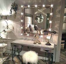 Vanity Sets With Lights For Bedrooms Bedroom Vanity Table With ...