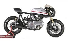 what is a cafe racer motorcycle