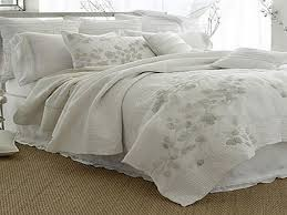 Good White Quilted Bedspread, white cotton bedspread, white ... & Tips When Purchasing White Bedspreads : Good White Quilted Bedspread Adamdwight.com