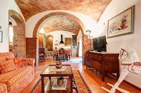 Arredamento Toscano Foto : Casa genziana a appartamento ammobiliato in rigomagno toscana italy