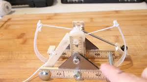 Simple Catapult Design Build This Mini Catapult Based On Designs By Leonardo Da