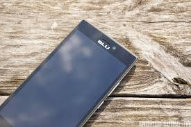 Blu Life One review: LTE on a tight budget