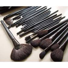 mac 32 pcs brush set with black makeup brushes pouch original