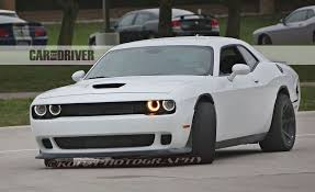 2018 dodge challenger hellcat. perfect challenger 2018 dodge challenger hellcat adr spy photo  slide 1 throughout dodge challenger hellcat
