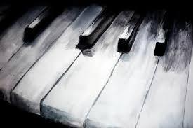 piano keys by giddamien
