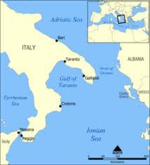 「イタリアのタラント(ターラント)軍港地図」の画像検索結果