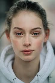 Le 21ème Lauren De Graaf New York City Lauren De Graaf In 2019