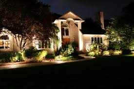 beautiful landscape lighting idea