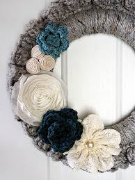 Crochet Wreath | 18 Fall Wreath Ideas For Your Front Door