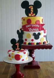 Mickey Mouse First Birthday Cake 16 Classic Style Mickey Mouse