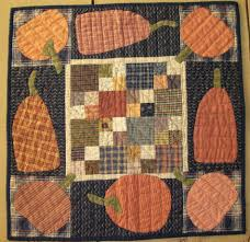 HomeSpunPrims: SOME OF MY FALL QUILTS.... & FALL QUILTS THAT I LIKE TO PUT AROUND OUR HOME. Adamdwight.com