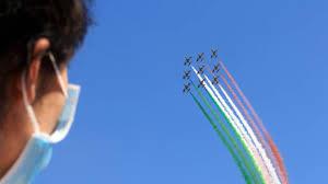 Le Frecce Tricolori sui cieli di Cortina 2021 - Sport - ilgiorno.it