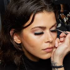 7 you tutorials that are perfect for beauty s with olive skin