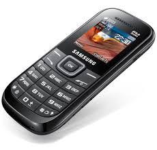 Samsung E1207T vs. verykool i121 - Phonegg
