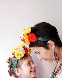 mother and daughter dressed as frida kahlo