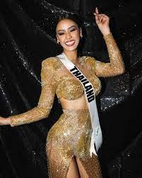 Miss Universe' กับความหมาย 'สีทอง' และลาย 'พลุ' บนชุดราตรี 'อแมนด้า'