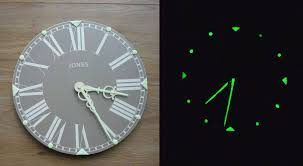 picture of how to give a wall clock luminous hands and time interval markers