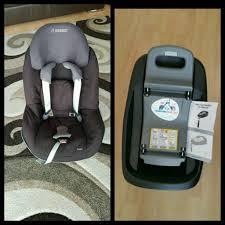 maxi cosi pearl car seat in compatible familyfix isofix base in