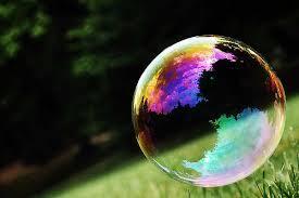 D'où viennent les couleurs sur une bulle de savon ? - Le Hollandais Volant