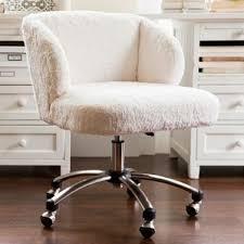 i love this really cute desk chair pbteen com