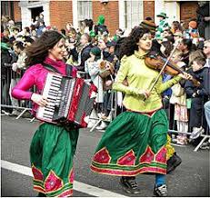 Despite irish rock music gaining acclaim towards the end of the 20th century, irish folk bands has endured through the years and has served as a popular way for singers to share stories and voice their concerns of their. Irish Traditional Music Wikipedia