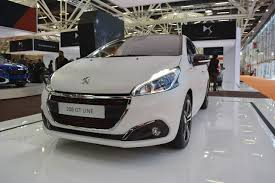 2018 peugeot 208. brilliant 2018 peugeot 208 gt line front three quarters at 2016 bologna motor show on 2018 peugeot