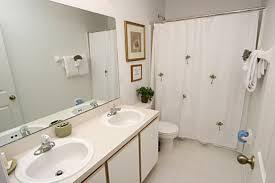 Decorate Small Bathrooms Small Bathroom Decor Full Size Of Apartment Bathroom Decorating