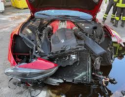 Distrutta la Ferrari 812 Superfast del calciatore Marchetti dall'addetto  all'autolavaggio - ClubAlfa.it