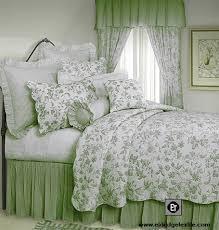 Brighton Toile, elegant Williamsburg design quilt, 100% cotton pre ... & Brighton Toile, elegant Williamsburg design quilt, 100% cotton pre-washed  and pre-shrunk, machine washable. Adamdwight.com