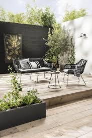 Black And White Patio Design Ideas Urban Hangout Black White Garden Outdoorsliving Modern