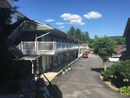 Americas Best Value Inn And Suites International Falls Americas Best Value Inn Suites Lake George Ny 435 Canada 12845