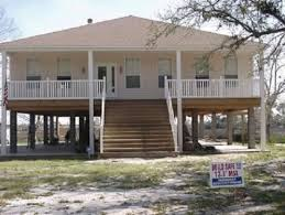 robert and sandra harris elevated house was the only one left standing on wiggins street after hurricane katrina hit they had mitigated their home in 1999