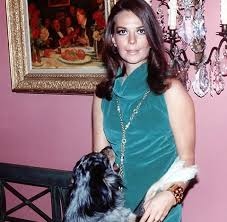 Natalie Wood and her dog | Natalie wood, Actresses, Hollywood