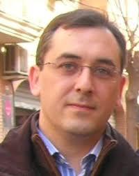 Miguel López es ing Miguel Lopez eniero técnico en informática por la Universidad Politécnica de Valencia, y está trabajando con internet desde 1993 (dos ... - miguel-lopez