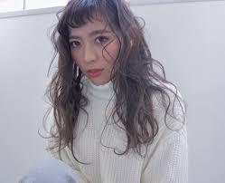 若く見られる短い前髪に合うヘアスタイル ヘアスタイル頭美人