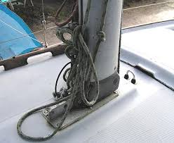 sailboat rigging guide and instructions to mast stepping mast mast foot