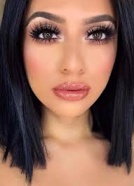 we have piled the best ever beauty and makeup trends for women of every age group find the fresh makeup tips and tricks so that you best makeups