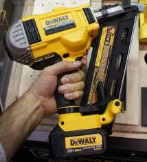 20v dewalt nail gun. dewalt 20v brushless framing nailer dcn690 size 20v nail gun h