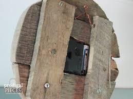diy rustic barn wood pallet decor by prodigal pieces prodigalpieces com prodigalpieces
