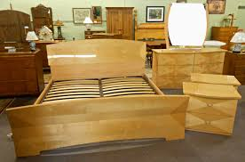 Solid Maple Bedroom Furniture Maple Bedroom Furniture Picture Antique Maple Bedroom Furniture