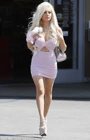 millionaire matchmaker fashion blogger courtney