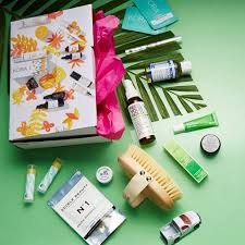 nourished life natural beauty box