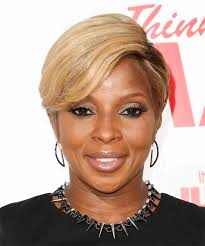 mary j blige short straight formal hairstyle um blonde