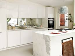 kitchen decorating ideas for apartments. Mirrored Backsplash Kitchen Decorating Ideas For Apartments T