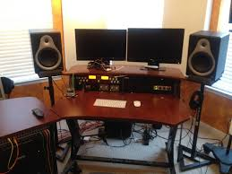 need a studio desk under 0 approx photo 1 jpg