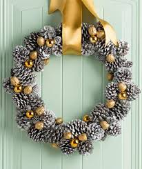 Pine Cone Wreath Decorations For 2014 Christmas 2014 Christmas Christmas Pine Cone Crafts