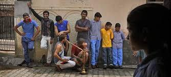 Αποτέλεσμα εικόνας για ινδοι στην αθηνα-ΕΙΚΟΝΕΣ