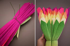How To Make Flower Using Crepe Paper Diy Crepe Paper Flowers Honestly Wtf
