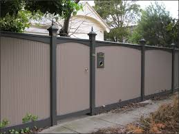 building a metal privacy fence